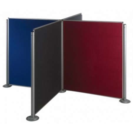 Ejemplo composición 3 paneles tapizados con 4 columnas